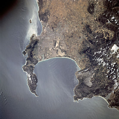 400px-Astronaut_photo_of_Cape_Town_STS081-738-23